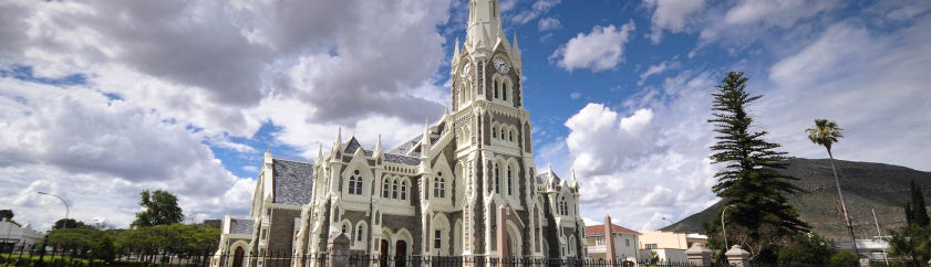 Graaff Reinet Accommodation – Browse Online For Your Graaff Reinet Self Catering, Bed and Breakfast Accommodation – Graaff Reinet Budget Family Holiday Accommodation